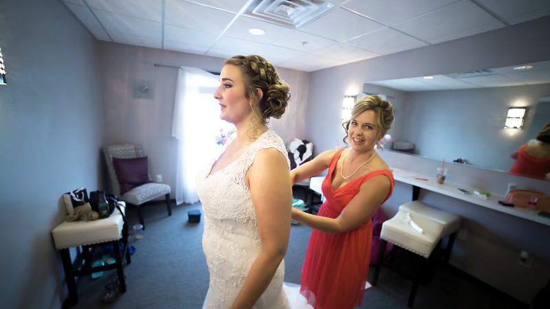 Laura & AJ Wedding (0142).jpg