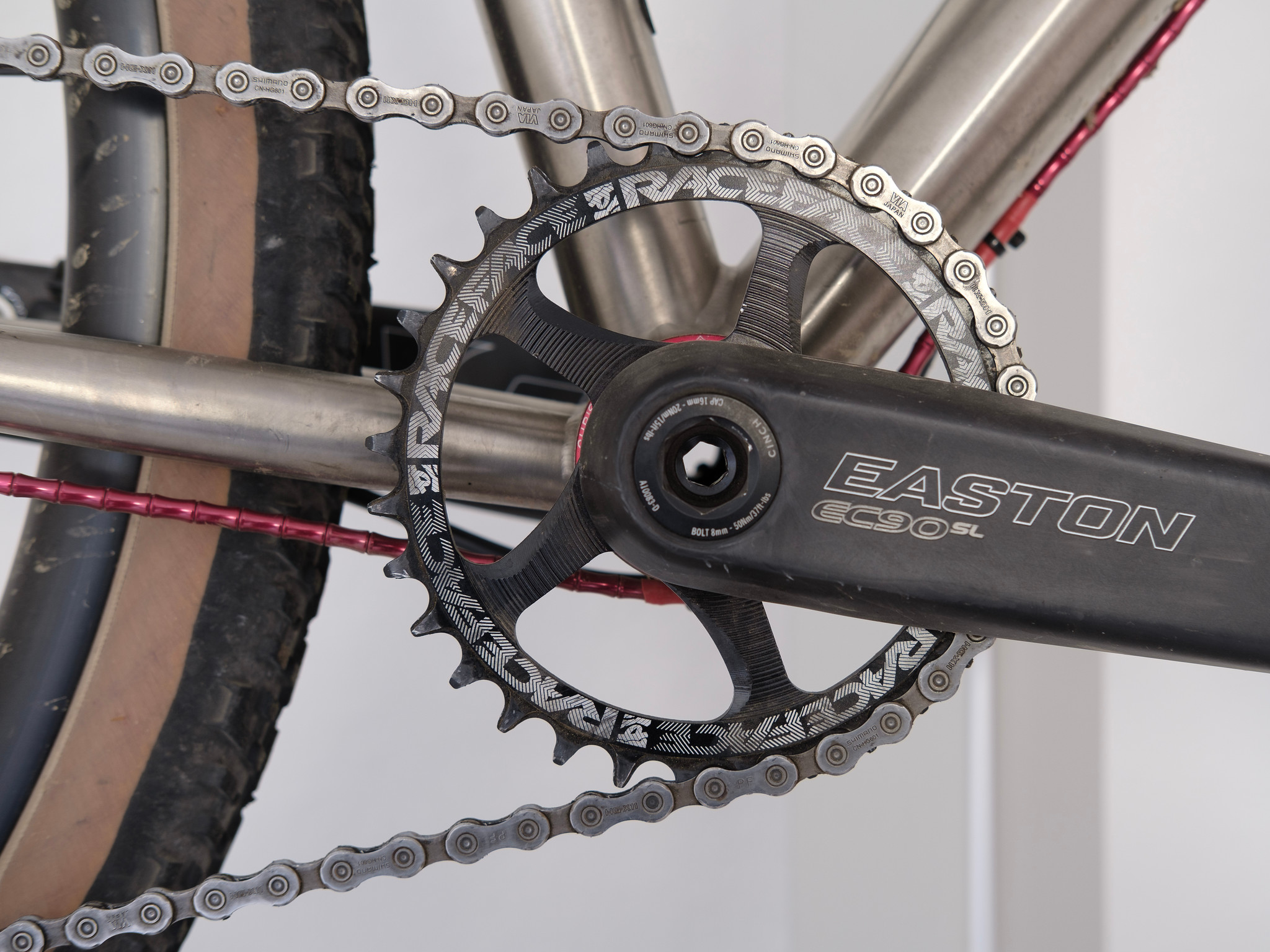 Race Face Cinch system 32-tooth chainring