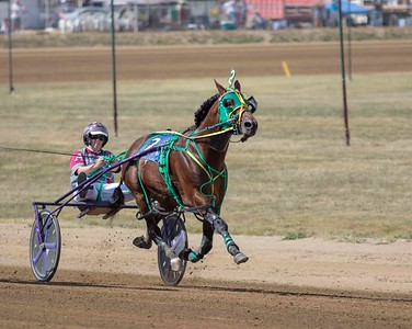 Race 7 DCF 9/17/19 Lady Pace Driving Champ.