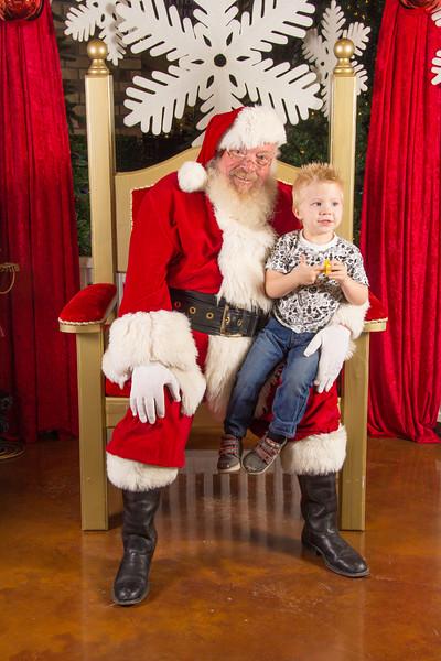 Santa 12-16-17-248.jpg