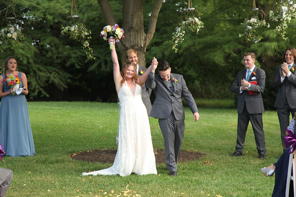Karlie + Matt: Joyful wedding at Avon Gardens