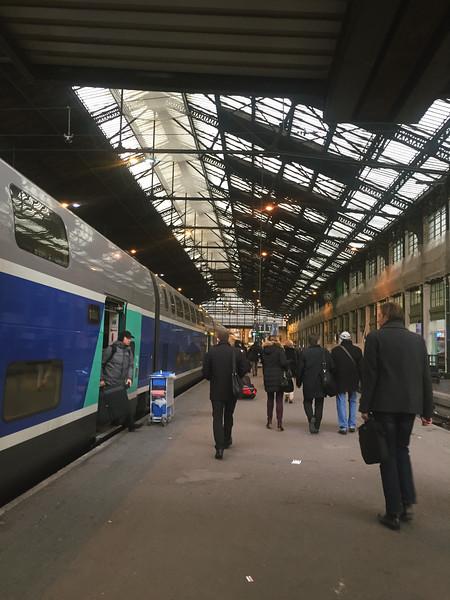 paris lyon train station.jpg