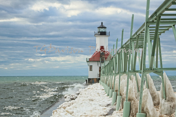 Windy Michigan Lighthouses 2016