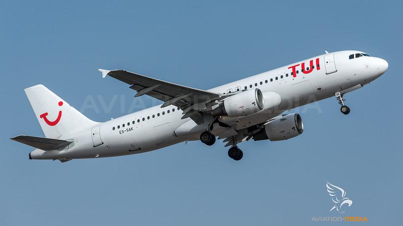 TUI (Smartlynx Estonia) / Airbus A320-214 / ES-SAK