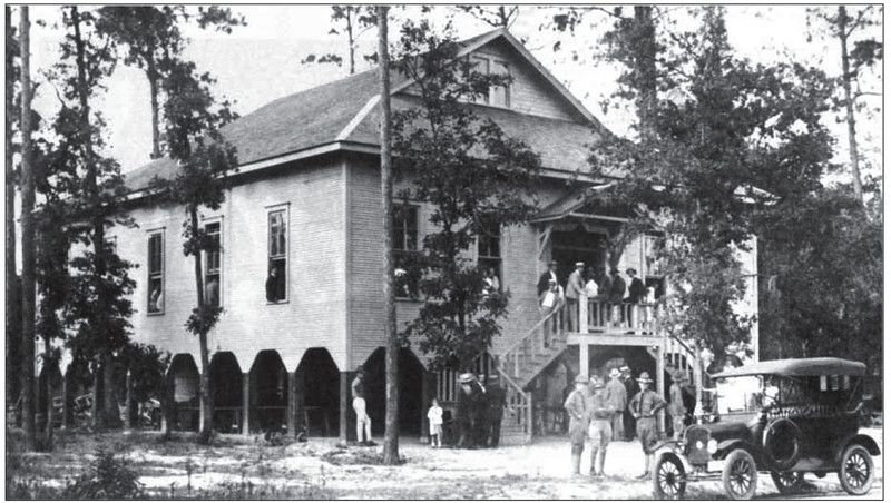 The first Polish Home at 2706 White Oak Drive, shortly after opening in 1918