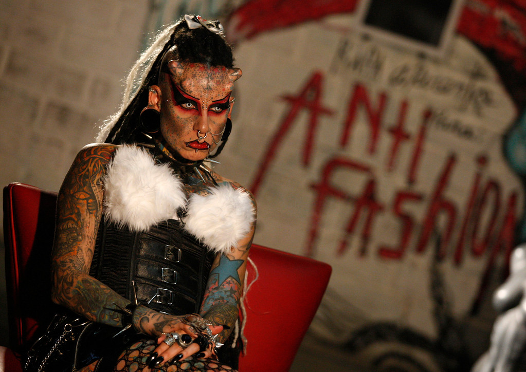 ". Mexican tattoo and body modification artist Maria Jose Cristerna, also known as ""Mujer Vampiro\"" (Vampire Woman), attends an exhibition in Guadalajara, April 23, 2011. REUTERS/Alejandro Acosta ("