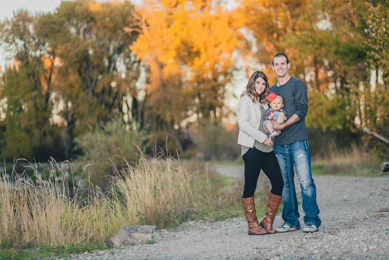 Tyler Shearer Photography Tyson & Kamiee Bridals Rexburg Idaho Wedding Photographer Southeast Idaho Pocatello Idaho Falls Twin Falls Logan Driggs Jackson Engagements Senior Family-4643.jpg