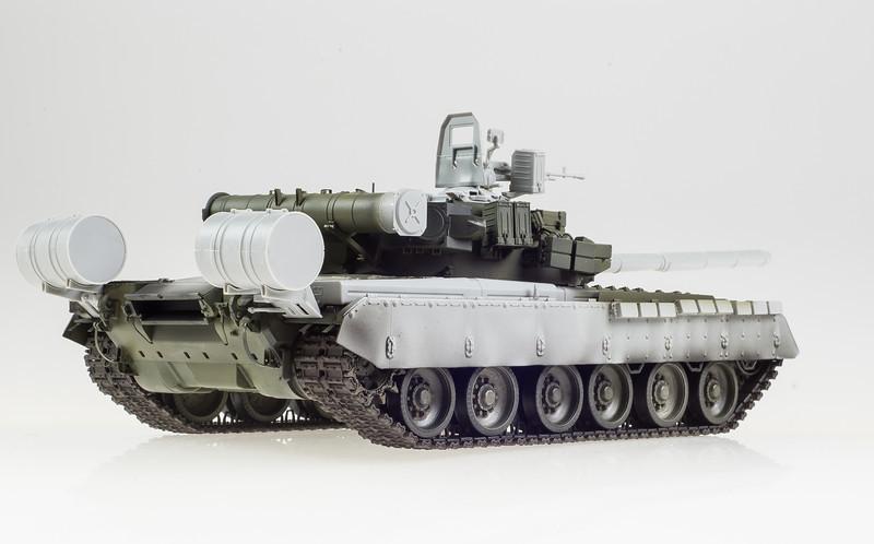 Trumpeter T-80BV 04-10-14-4.jpg