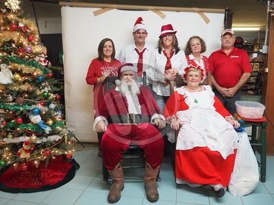 12-12-2015_Santa at Masters Store_OCN_LNJ
