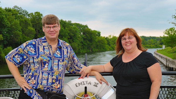 Scott ('77) and his wife, Merrie ('81), on the Emita II cruise ship near Baldwinsville's Lock 24 on the Seneca River.