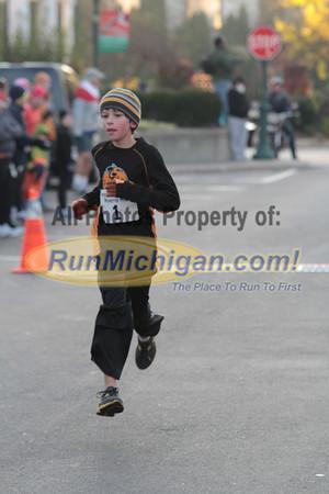 1 Mile Finish - 2011 Wicked Halloween Run