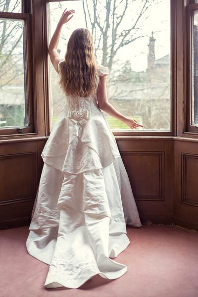 photomanic-photography-leeds-wedding-model-prep-578.jpg