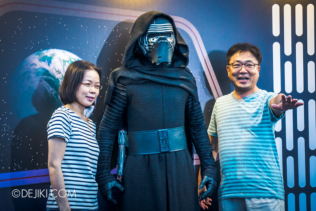 Gardens by the Bay - Star Wars Day 2017 - Kylo Ren meet and greet