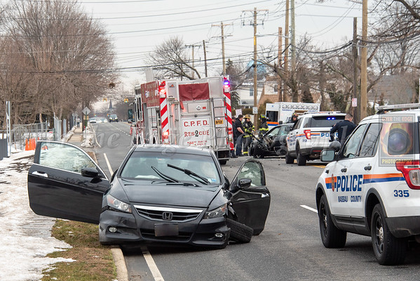 Carle Place MVA with Entrapment 02/23/2021