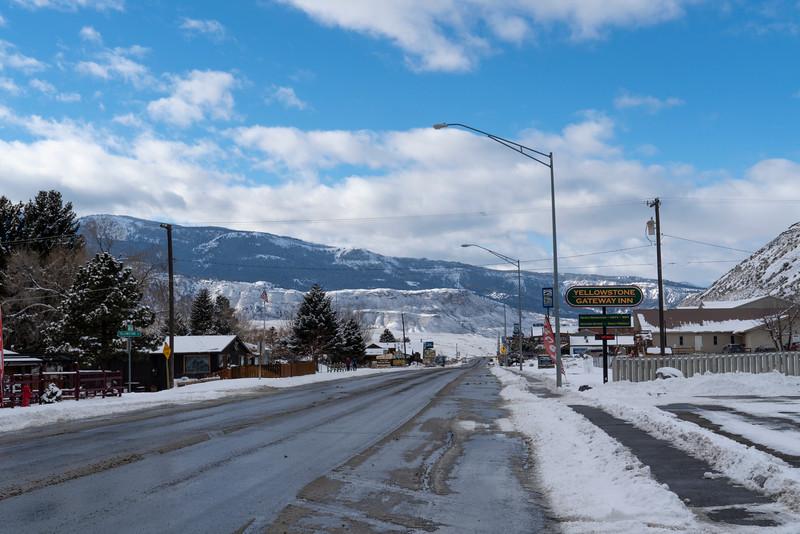 _AR70677 Gardiner MT.jpg