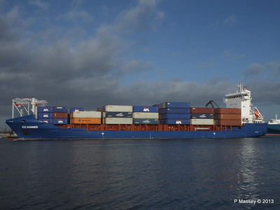 Feeder Container Ships