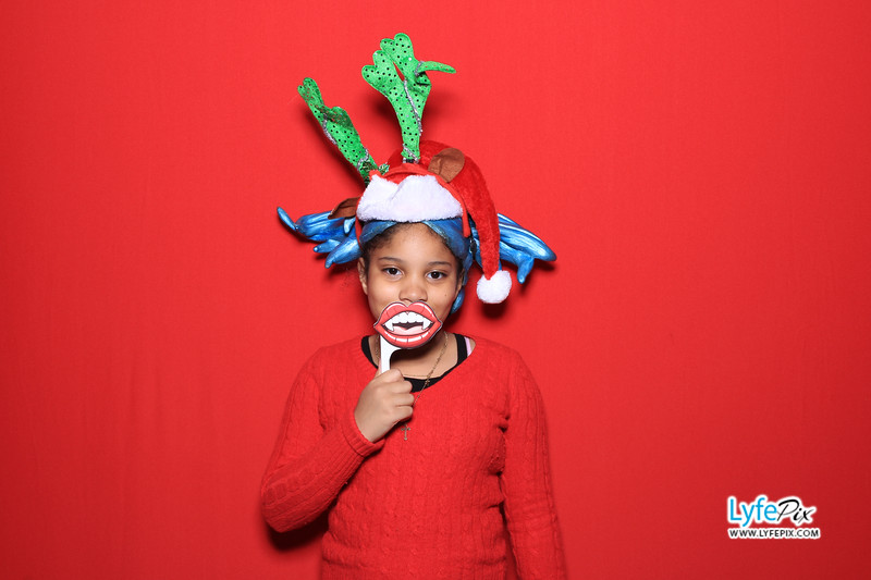 eastern-2018-holiday-party-sterling-virginia-photo-booth-0061.jpg