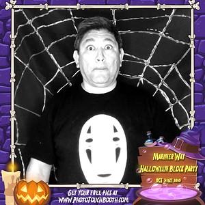 Halloween on Mariner Way Bridgeport
