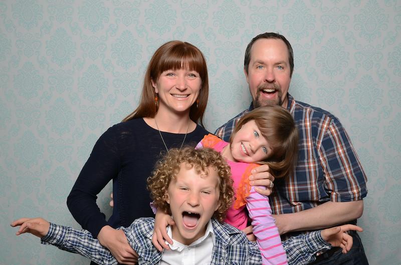 Tacoma photobooth New community church ncc-0100.jpg
