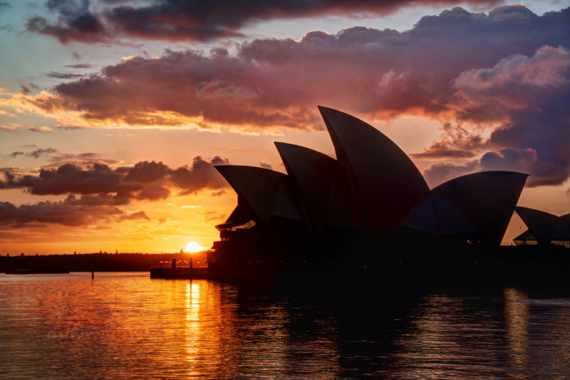 The Skies of Sydney Sydney? Check. Sunset? Check. Easy photo? Check!Man, this was such a lay up… I can't claim much credit for it. I just kinda walked up and it was like this. Good sunset shots are not always easy, but this one was… I admit it! :) Now, it was made a bit easier with post-processing through Photomatix, but I kind of take that for granted now.- Trey RatcliffClick here to read the rest of this post at the Stuck in Customs blog.