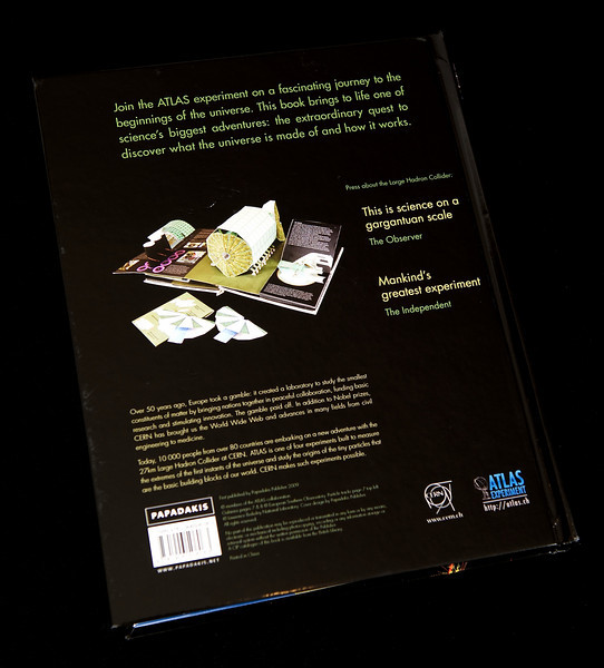 cern-atlas-3d-book-2009-069.jpg