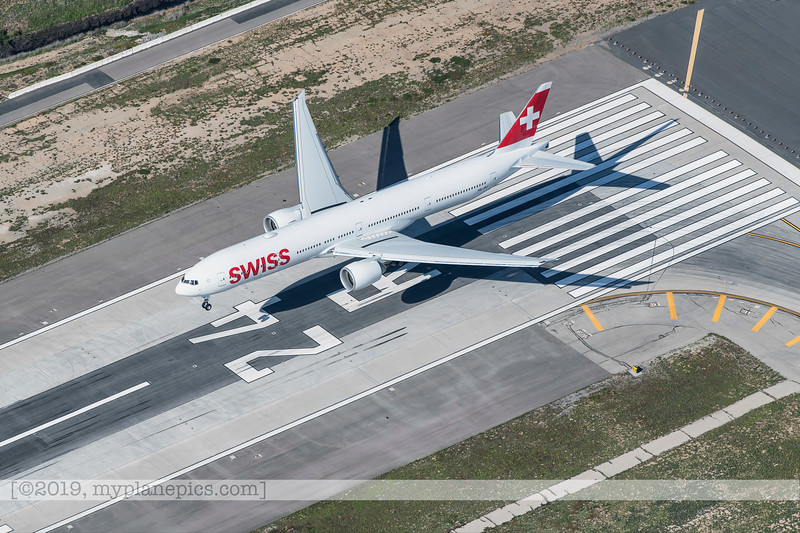 F20180325a161732_5064-LAX-Swiss Airlines-Boeing 777-HB-JNJ-landing.jpg