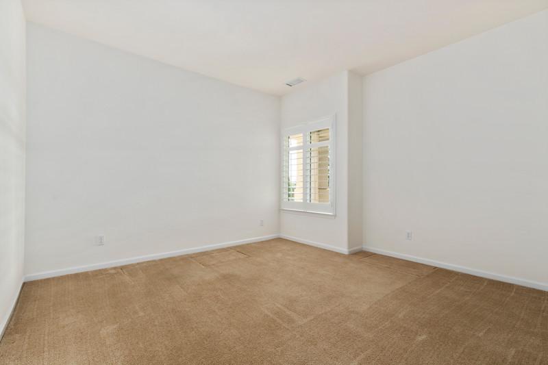 299 Montebello Oaks 30 Guest Room.jpg