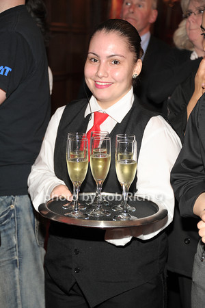 champagne? photo by Rob Rich/SocietyAllure.com © 2014 robwayne1@aol.com 516-676-3939