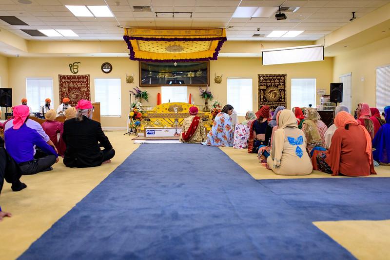 Neelam_and_Matt_Gurdwara_Wedding-1325.jpg