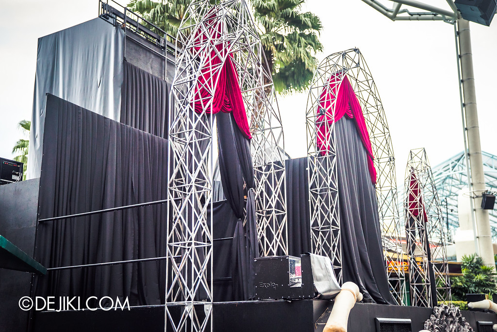 Universal Studios Singapore - Halloween Horror Nights 6 Before Dark Day Photo Report 2 - Opening Scaremony stage side