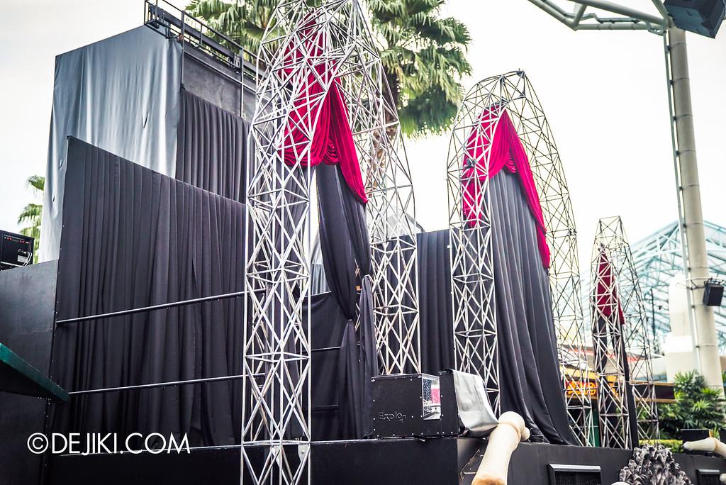 Universal Studios Singapore - Halloween Horror Nights 6 Before Dark Day Photo Report 2 - Opening Scaremony stage side