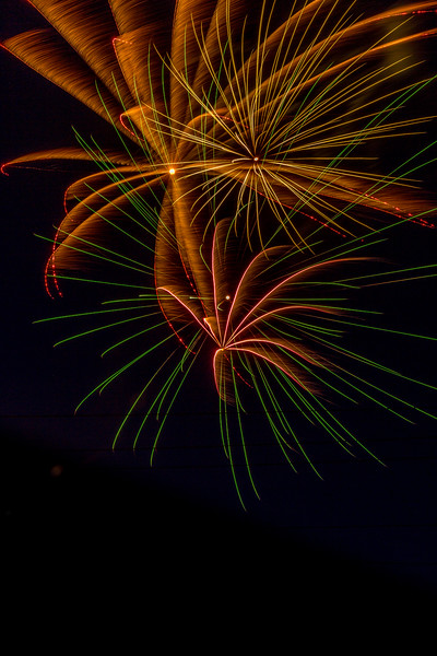 Fireworks 190629220911 2735.jpg