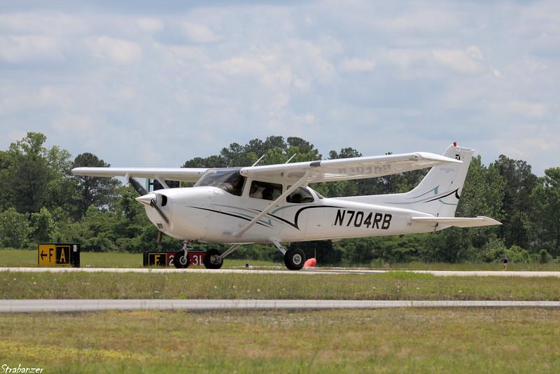 Cessna 172S Skyhawk SP   C/N 172S9657 N704RB  KPDK, DeKalb, GA,   05/08/2019 This work is licensed under a Creative Commons Attribution- NonCommercial 4.0 International License