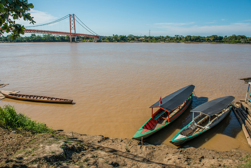 Look it's the Golden Gate Bridge! In Peru! Oh, and those are the boats we were taking down the river to our lodge. They're bigger than they look here. They could fit something like 25 people