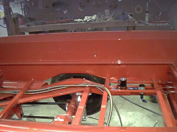A Rear of bed showing fuel pump and filter_filtered