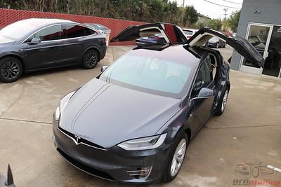 2017 Tesla Model X - Midnight Silver Metallic 2