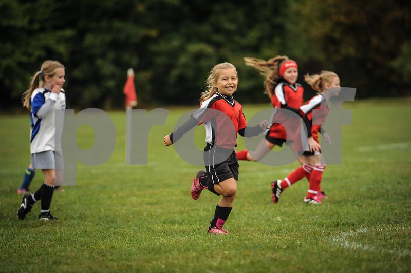 9-08-18 Eva Nygaard's u-8 soccer game vs LB-22.jpg