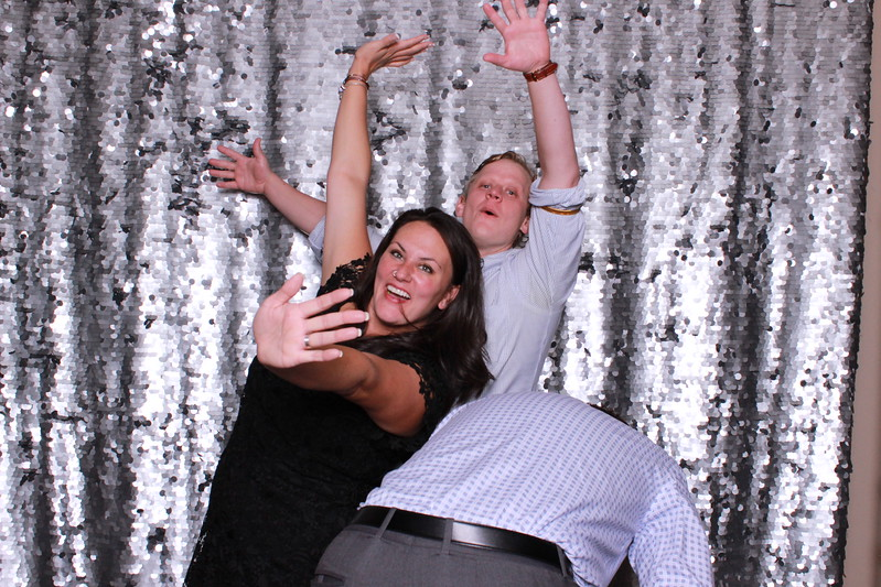 Photo_Booth_Studio_Veil_Minneapolis_175.jpg