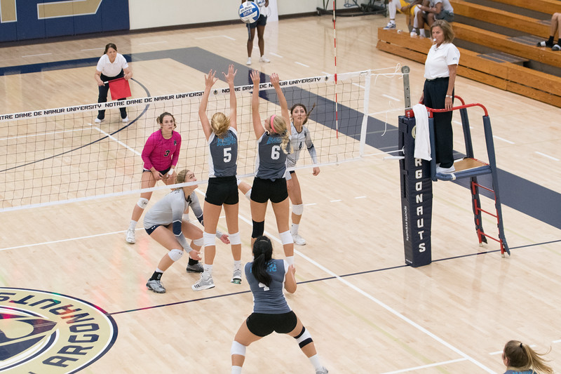 HPU Volleyball-92626.jpg