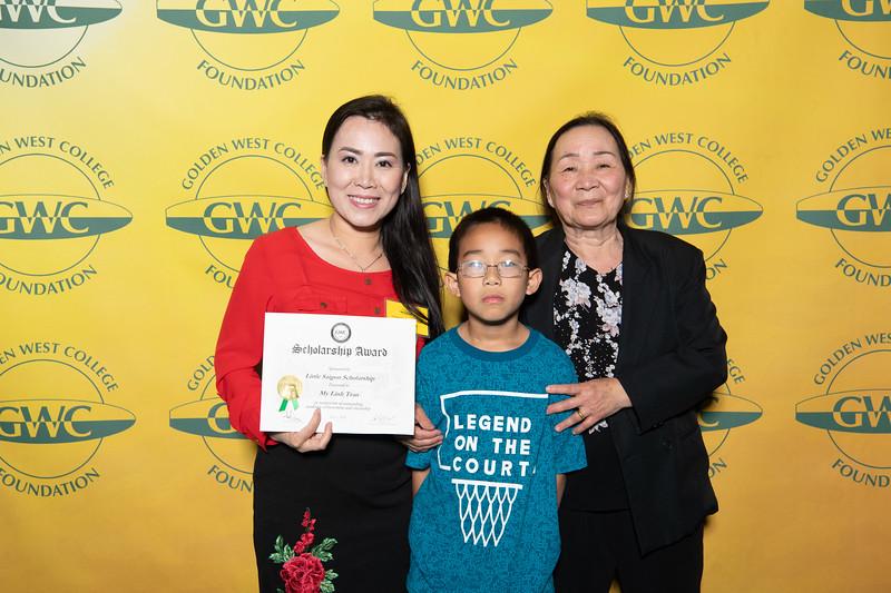 Scholarships-Awards-2019-0763.jpg
