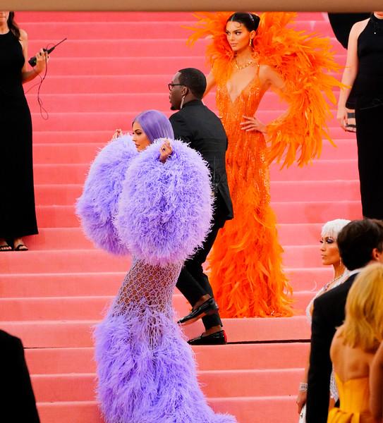 05.06.2019-Kendall Jenner Kylie Jenner Kim Kardashian Kanye West Travis Scott_Z_18.jpg