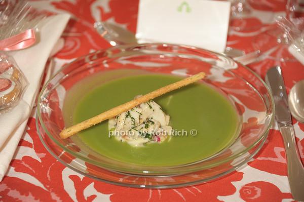 crabmeat appetizer photo by Rob Rich/SocietyAllure.com © 2014 robwayne1@aol.com 516-676-3939