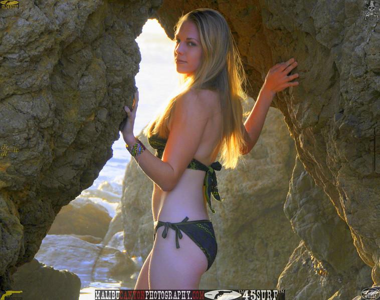 swimsuit model dancer mikini malibu 45surf 1159..43.435.