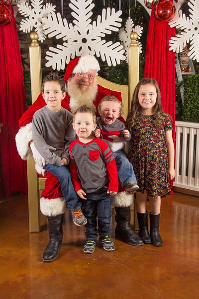 Santa 12-16-17-266.jpg