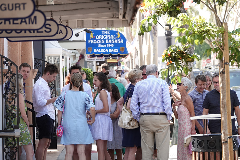 Downtown Balboa Island, the shopping district on Marine Avenue, can get very busy during the summer, with most of the action at Dad's Donuts, home to the original Balboa Bar.