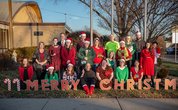 2019 Faculty Christmas Photo