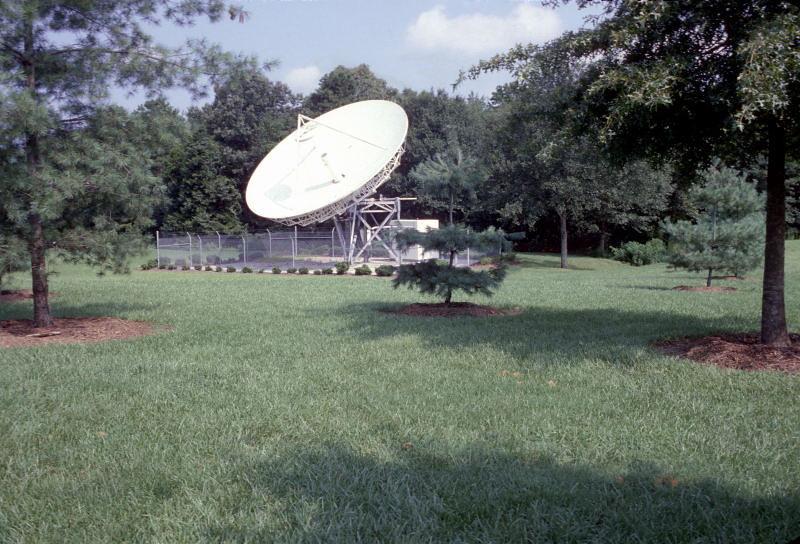 satellite dish August 1984.jpg
