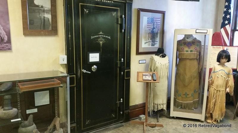 Old Ravalli County Safe