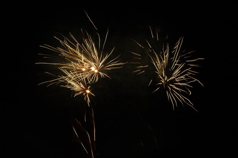 2018 - Dunorlan Park Fireworks 002_