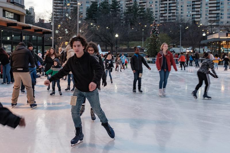 Skating-1.jpg